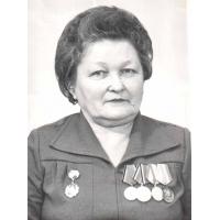 Косенкова Валентина Ивановна  - На фронте в должности медицинской сестры с 1940 года.