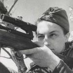 Вместе с бойцами и командирами 25-й стрелковой дивизии Людмила участвовала в сражениях на территории Молдавской АССР и на юге Украины, принимала участие в обороне Одессы и Севастополя.