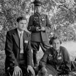 Члены делегации СССР: старший лейтенант В.Н. Пчелинцев, младший лейтенант Л.М. Павличенко и секретарь МГК ВЛКСМ Н.П. Красавченко в Вашингтоне, 1942 год