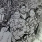 Карпов Михаил Николаевич   - Боевой путь начал в январе 1943 года бойцом в Сталинграде. Выучился на танкиста и с армией Чуйкова дошел до Праги. Потом воевал на Халхин - Голе. Закончил боевой путь в 1947 года в Японии.